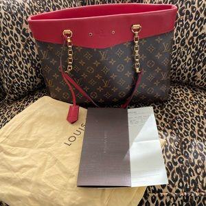 Louis Vuitton Louise pm shopper tote